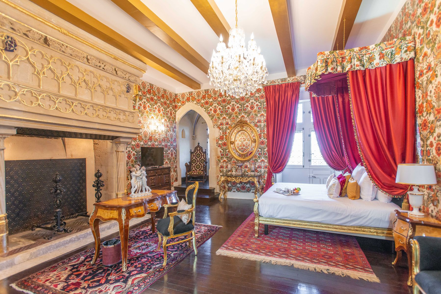 279/Chateau_le_Prieure/Chambres/chambre_deluxe.jpg